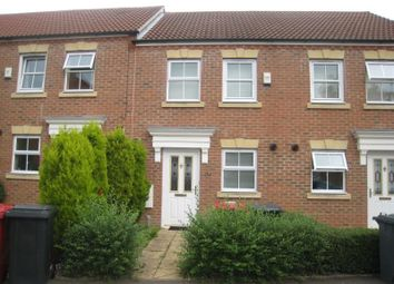 Thumbnail 2 bed property to rent in Parsons Road, Langley, Slough