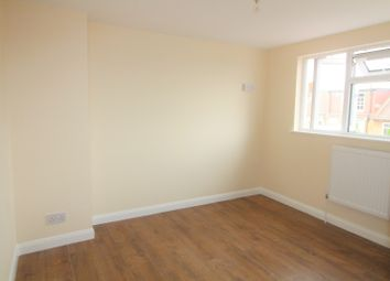 Thumbnail 2 bedroom flat to rent in Forfar Road, London