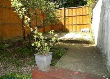 Thumbnail 1 bed flat to rent in Elm Grove, Brighton
