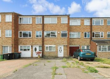 Thumbnail 4 bed property to rent in Jardine Way, Dunstable