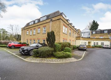 North Street, Windsor SL4. 2 bed flat for sale