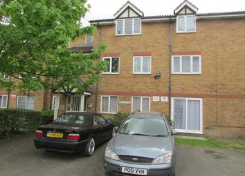 Thumbnail 1 bed flat to rent in Hetahfield Drive, Mitcham, Surrey