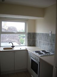 Thumbnail 2 bed flat to rent in Warren Road, Brighton