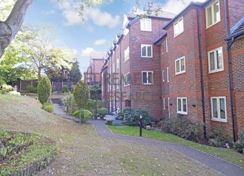 1 bed flat for sale in Meadsview Court, Farnborough GU14