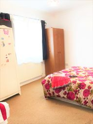 Thumbnail 2 bedroom flat to rent in High Street Romford, Essex