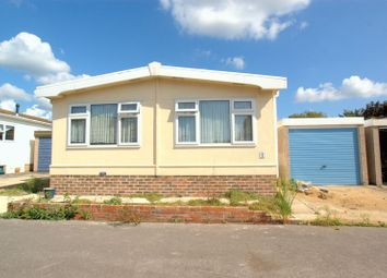 Thumbnail 2 bed mobile/park home for sale in Gracelands Park, Lyndhurst Road, Highcliffe, Christchurch