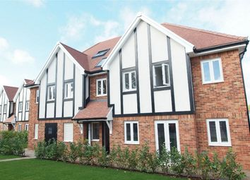Thumbnail 2 bed flat for sale in 43 Orchard Way, Shirley, Croydon