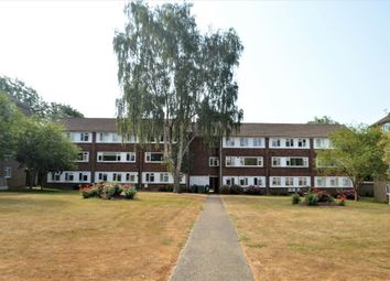 Thumbnail 2 bed maisonette to rent in The Ridgeway, Marshalswick, St Albans