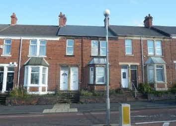 Thumbnail 3 bed flat to rent in Old Durham Road, Gateshead
