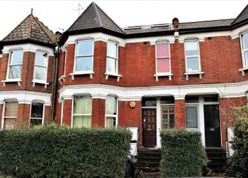 Thumbnail 2 bed flat to rent in Albert Road, London