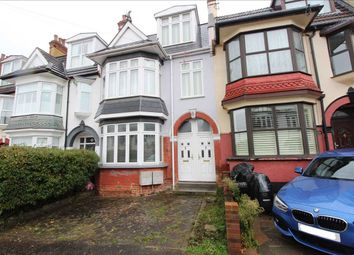 2 bed flat for sale in Oakleigh Park Drive, Leigh-On-Sea SS9