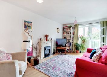 1 bed flat for sale in Rydston Close, London N7