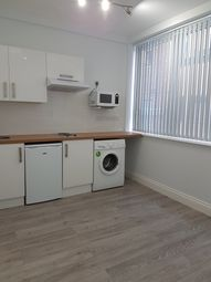 Thumbnail 1 bed flat to rent in 57 Broad Lane, Tottenham