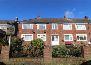 2 bed flat to rent in St Lukes Road, Blackpool FY4