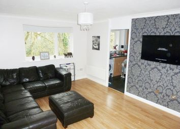 Thumbnail 2 bedroom flat to rent in Valley Green, Hemel Hempstead