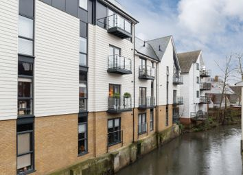 Stour Street, Canterbury CT1. 2 bed flat for sale