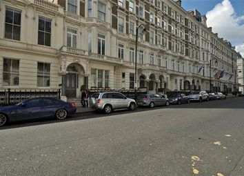 Thumbnail 2 bed flat to rent in Kings Mansions, Lawrence Street, London