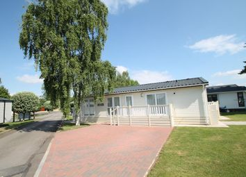 Thumbnail 2 bed mobile/park home for sale in Downfield Lane, Twyning, Tewkesbury
