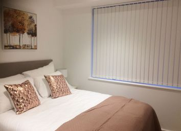Thumbnail 1 bed flat to rent in Pinnacle House, Kings Langley