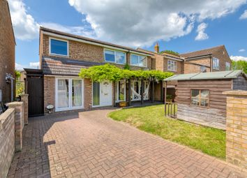 Thumbnail 4 bed detached house for sale in Vicarage Close, Arlesey, Beds