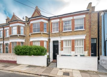 2 bed maisonette to rent in Napier Road, London N17