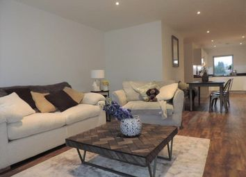 Thumbnail 3 bedroom flat to rent in Station View, Guildford