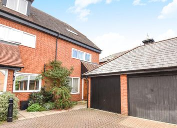 Thumbnail 4 bed town house for sale in Close To River Thames, Henley Town Centre Location