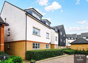 Retreat Way, Chigwell IG7. 2 bed flat