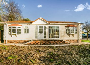 Thumbnail 2 bed mobile/park home for sale in Home Farm Park, Church Minshull, Nantwich