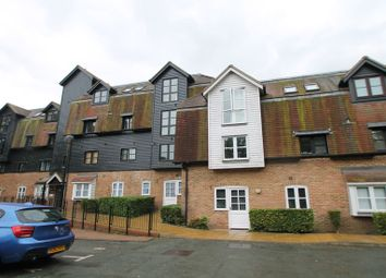 Thumbnail 2 bedroom flat to rent in Thorney Mill Road, West Drayton