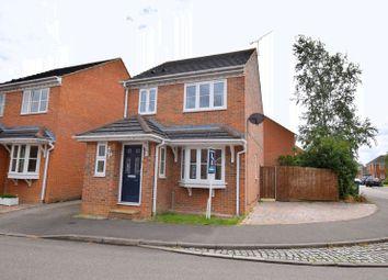Thumbnail 3 bedroom property for sale in Lark Vale, Aylesbury