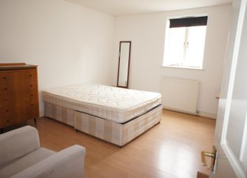 Thumbnail Room to rent in Temple Street, London