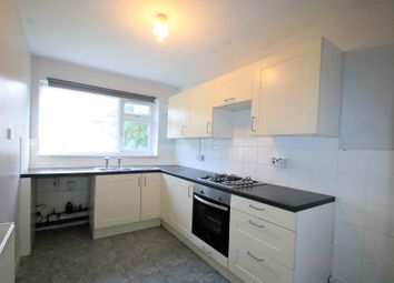 Thumbnail 2 bed flat to rent in Howard Road, Woodside Green, South Norwood, London