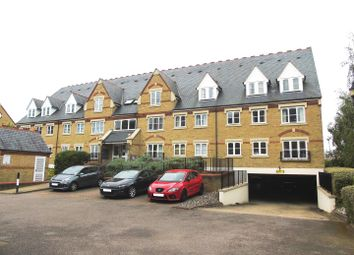 Thumbnail 1 bed flat to rent in Exeter Close, Watford
