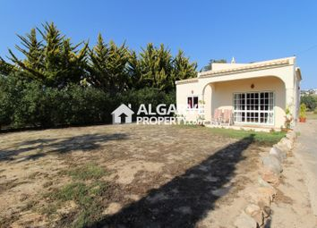Thumbnail 2 bed villa for sale in Galé, Guia, Algarve