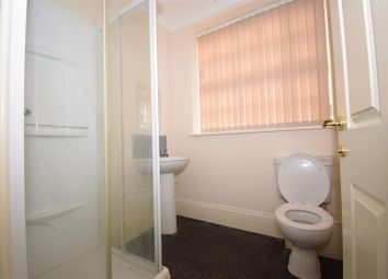Thumbnail 1 bed flat to rent in Cottage Beck Road, Scunthorpe