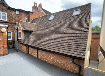 Thumbnail 1 bed flat to rent in High Street, Marlow, Buckinghamshire