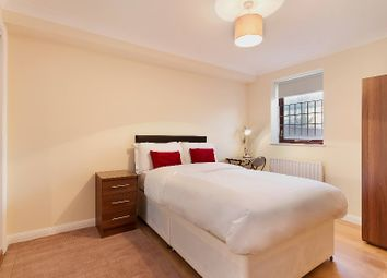 Room to rent in Plover Way, London SE16