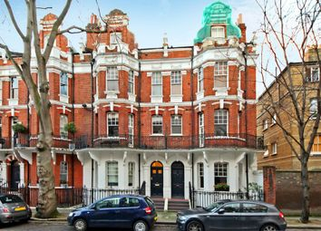 Thumbnail 1 bed flat to rent in Cheyne Row, London