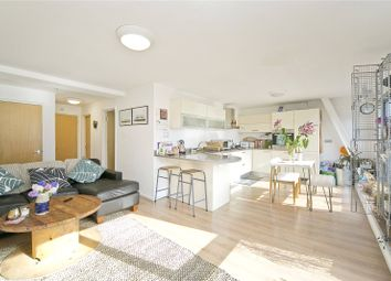 Thumbnail 2 bed flat to rent in Triangle Road, Hackney