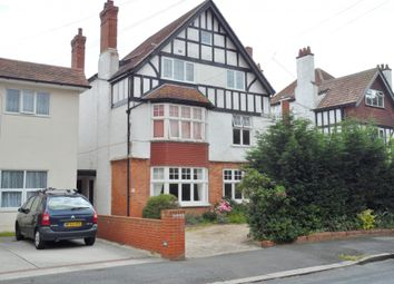 2 bed flat to rent in Julian Road, Folkestone, Kent CT19