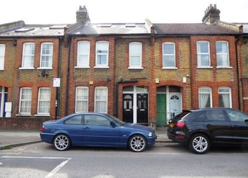 2 bed maisonette for sale in Silverthorne Road, London SW8