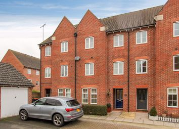 Thumbnail 3 bed property to rent in Hawker Close, Leighton Buzzard
