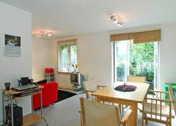 Thumbnail 1 bed flat to rent in Durward Street, London