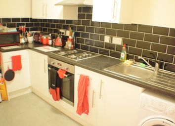 Thumbnail 1 bed flat to rent in Clipper Way, Lewisham, London
