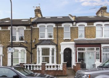 Thumbnail 6 bed property to rent in Eastfield Road, London