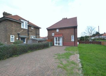 3 bed semi-detached house to rent in Southend Lane, London SE6