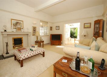 Thumbnail 6 bed detached house for sale in Hayes Lane, Bromley, Kent