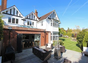 Thumbnail 4 bedroom link-detached house for sale in Russell Close, Walton On The Hill, Tadworth