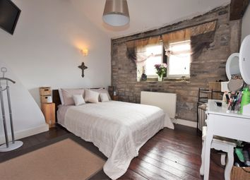 Thumbnail 1 bed cottage for sale in Exchange, Honley, Holmfirth